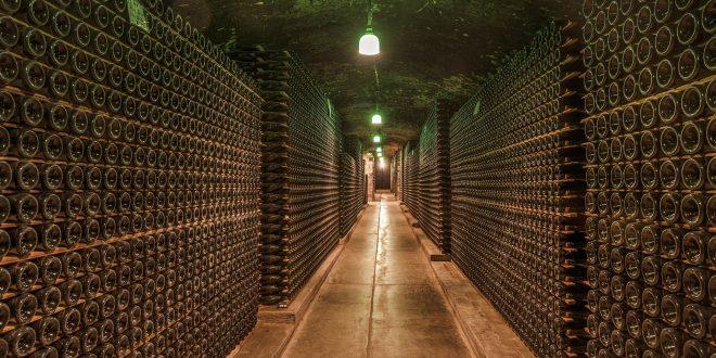 wine-cellar-1329061_1920